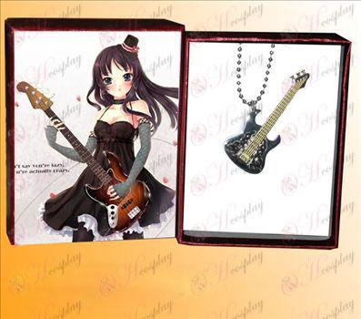 Lys tone rustfritt stål gitar anheng halskjede svart punkt C