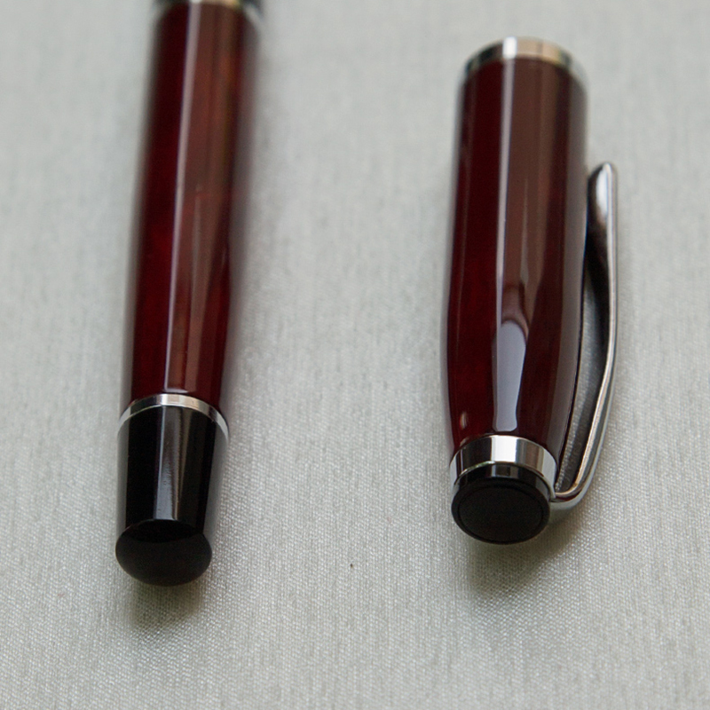 Luxury Gift Ballpoint Pen Red Lacquer Rollerball Pen with Silver Plated