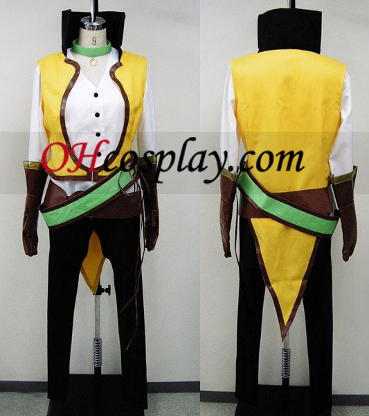 Individuo Cecil cosplay de Tales of the Abyss