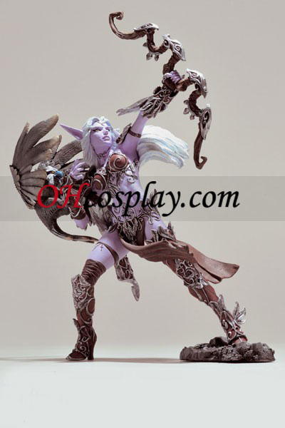 World installation for Warcraft DC Unlimited Series 5 Action Figure Alathena Moonbreeze dangling in to Sorna [Night Elf Hunter]