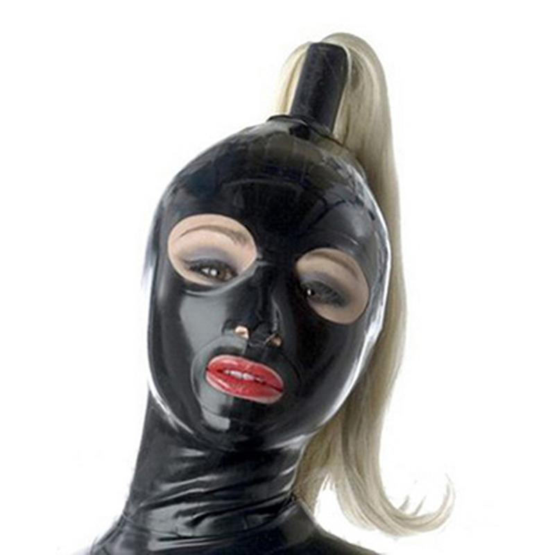Fekete női latex maszk nyitott szemmel és Orr